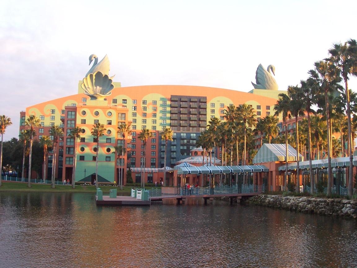 Disney Swan Hotel